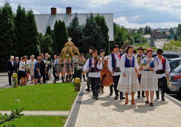 Fotorelacja z uroczystości konsekracji białobrzeskiej świątyni